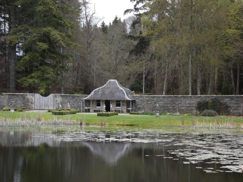 blair atholl gardens
