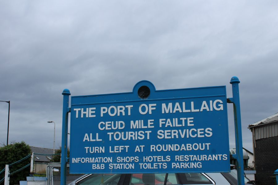 mallaig port sign