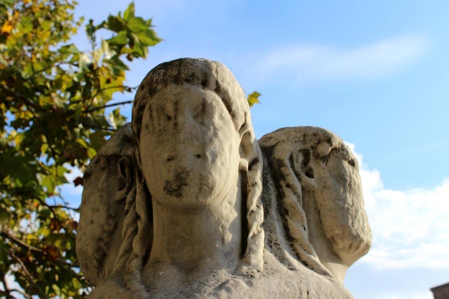 trastevere sculptures 2