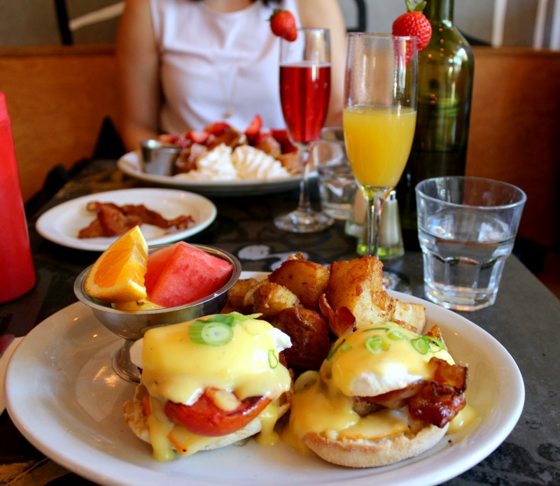 brunching in montreal